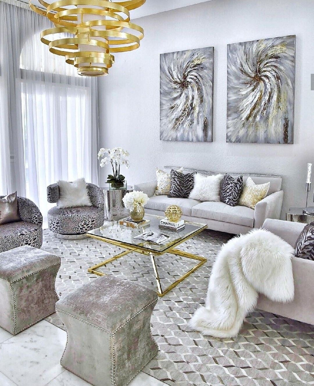 Gray and gold decor living room in 2020 | Gold living room ...