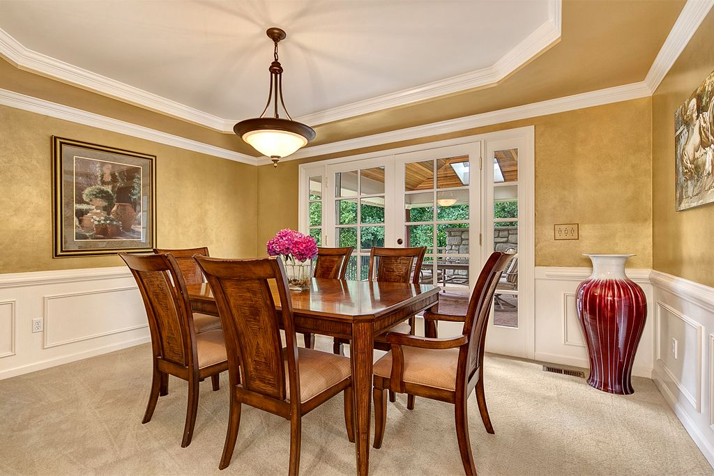 Formal Dining Room With French Doors To Outdoor Eating Area Entertainingspace Realestate