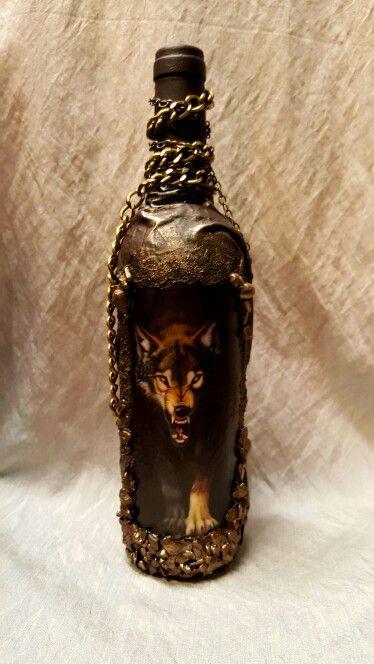 Wolf bottle