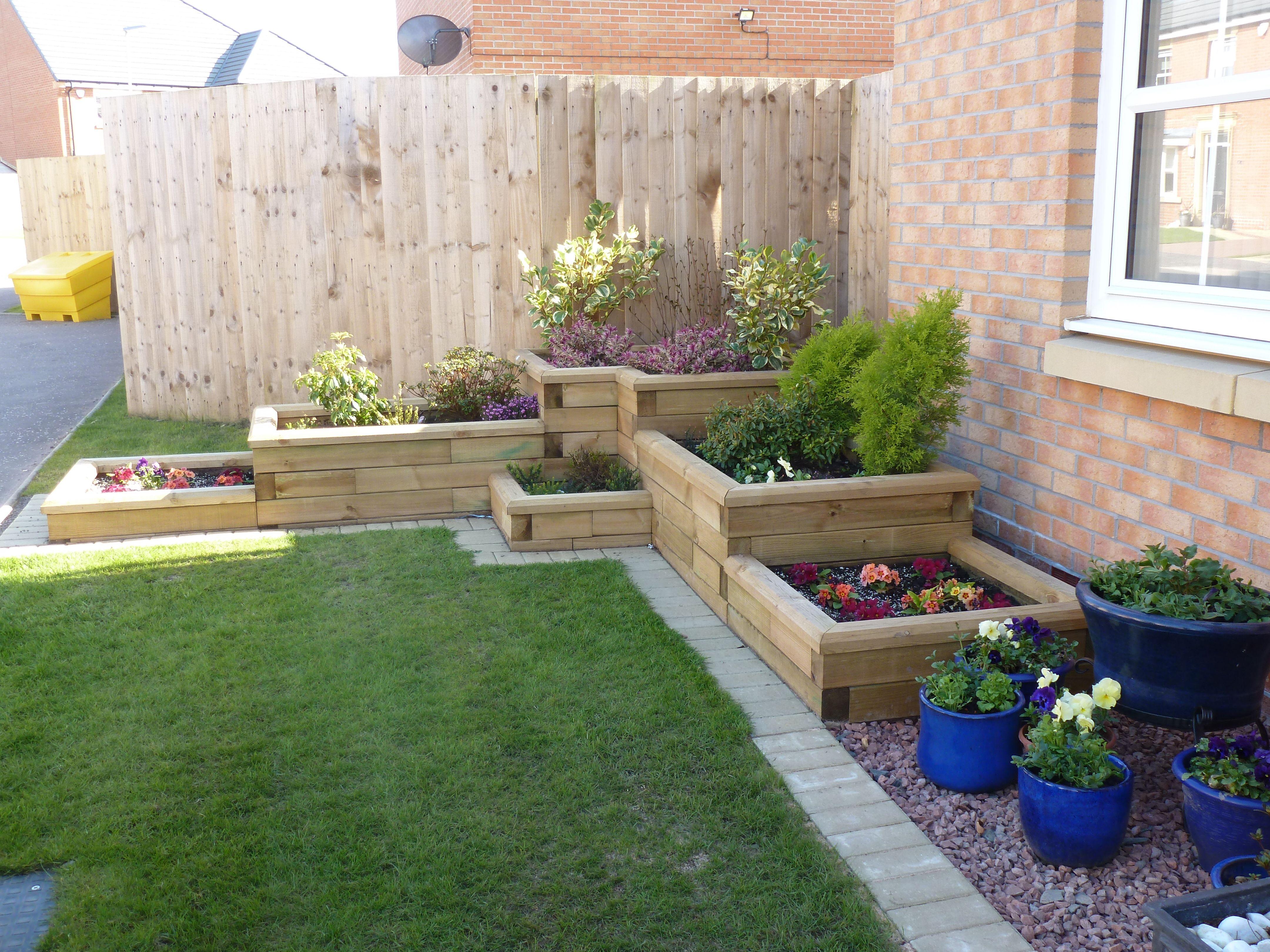 Stepped corner box Diy raised garden, Building a raised