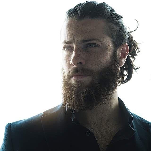 Single männer mit langen haaren