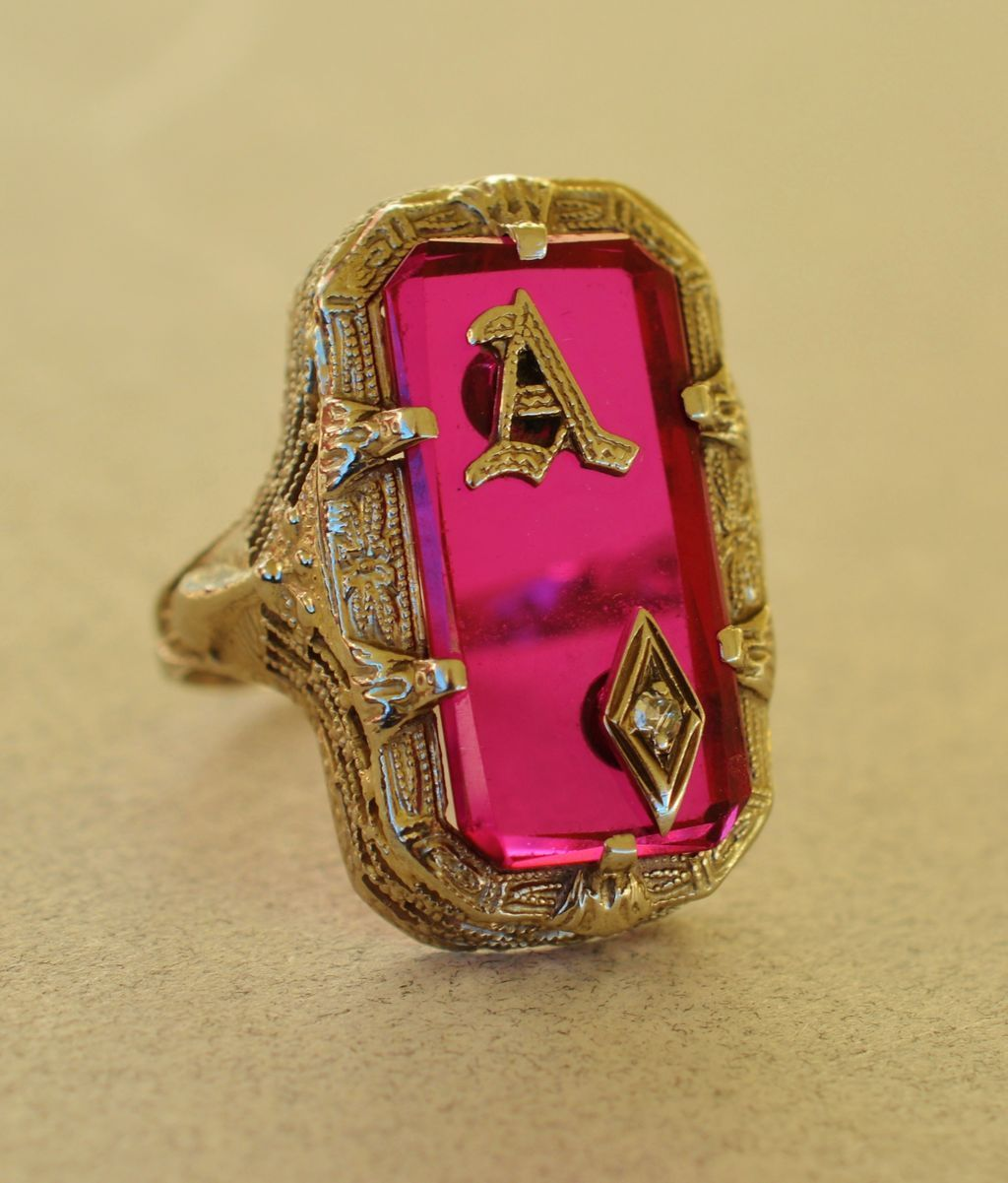 Antique 14kt Gold Filigree Ruby Glass Initial Ring From