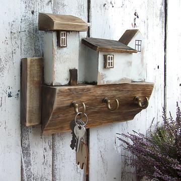 Wieszak na klucze – 3 białe domki – Galeria ARR – rękodzieło…