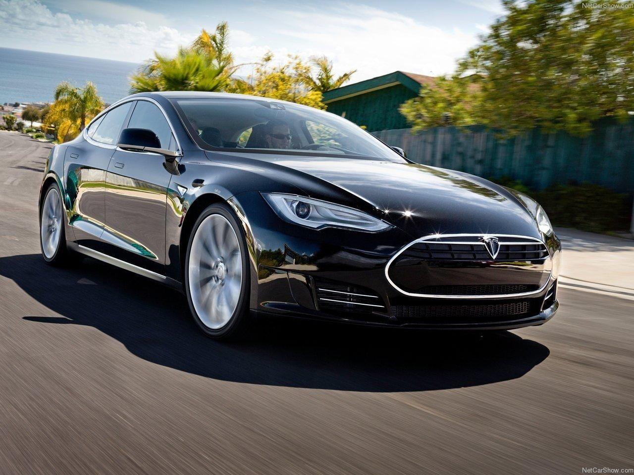 Tesla Model 3 Production On Track To Meet Quarterly Projections Tesla Electric Car Tesla Model Tesla Car