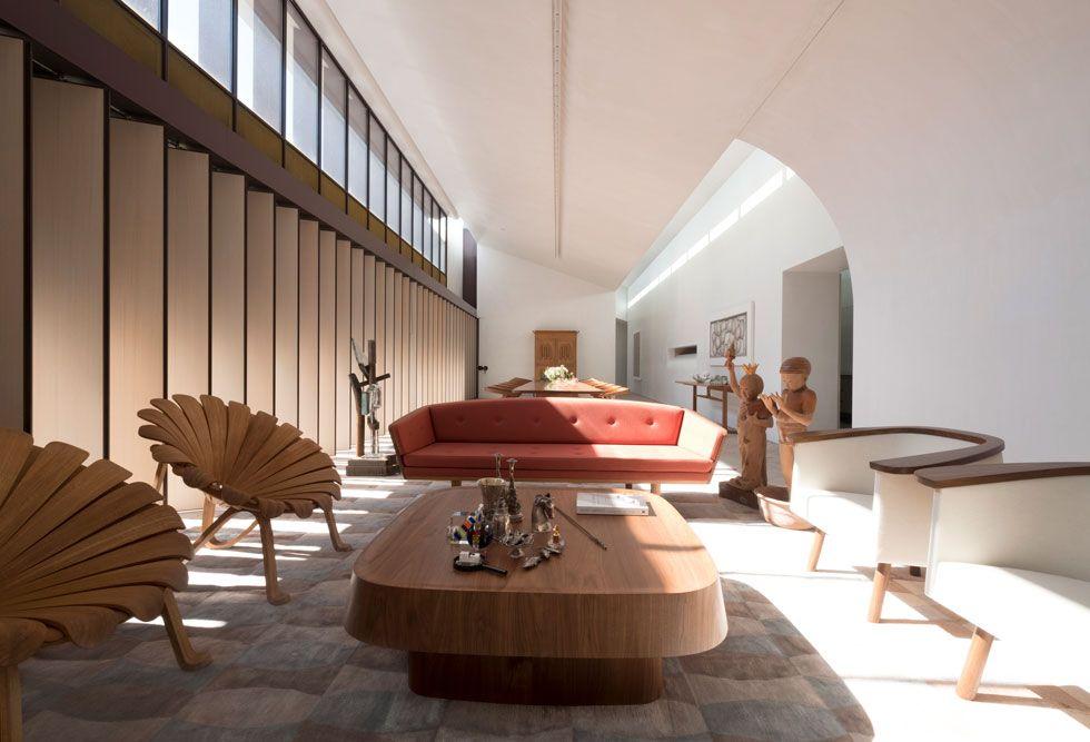 Light filled living space of the 'Indigo Slam' residence. Chippendale NSW Australia [980x667]