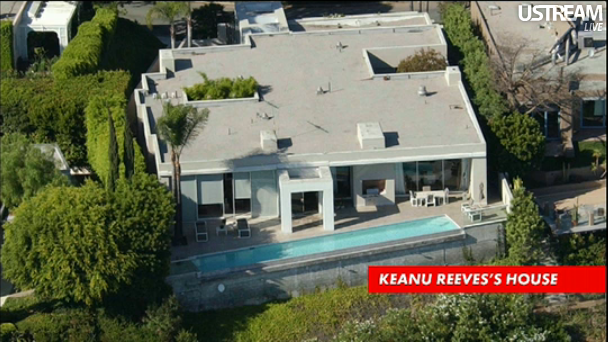 Pin By Ustream Tv On Everything Fun On Ustream Keanu Reeves House Keanu Reeves Celebrity Houses