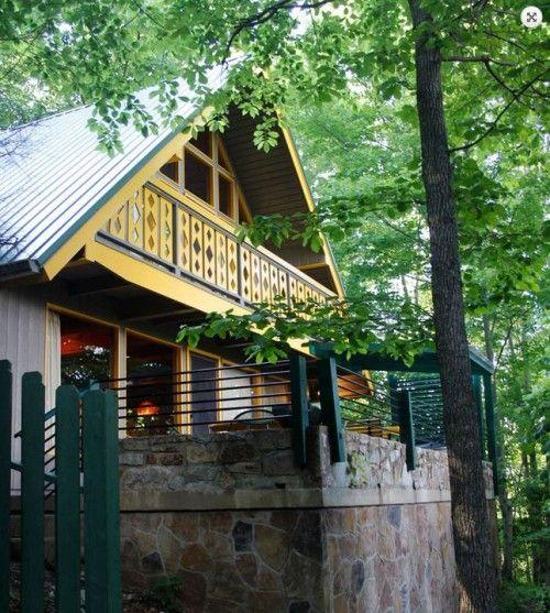 Terrific Shaggin Chalet In Gatlinburg Tennessee A Vintage Download Free Architecture Designs Estepponolmadebymaigaardcom