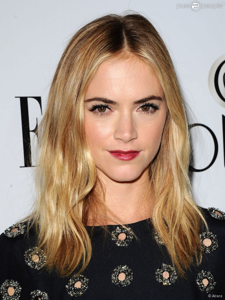 Emily wickersham au d ner elle women in television - Emily wickersham gardener of eden ...