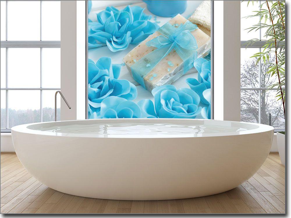 Glasbild mit blauen Rosen als Sichtschutz fürs Fenster - glasbilder für badezimmer