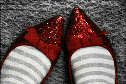 Pin By Amber On Aesthetic Jade Harley Red Shoes Ruby