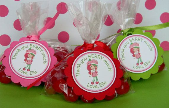 12 Strawberry Shortcake Birthday Party by sweetheartpartyshop, $10.00