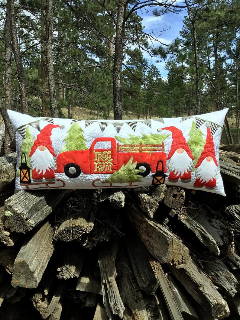 Gnome For The Hoidays Bench Pillow Pdf Pattern Table Runner Etsy In 2020 Bench Pillows Pillow Pattern Pillows