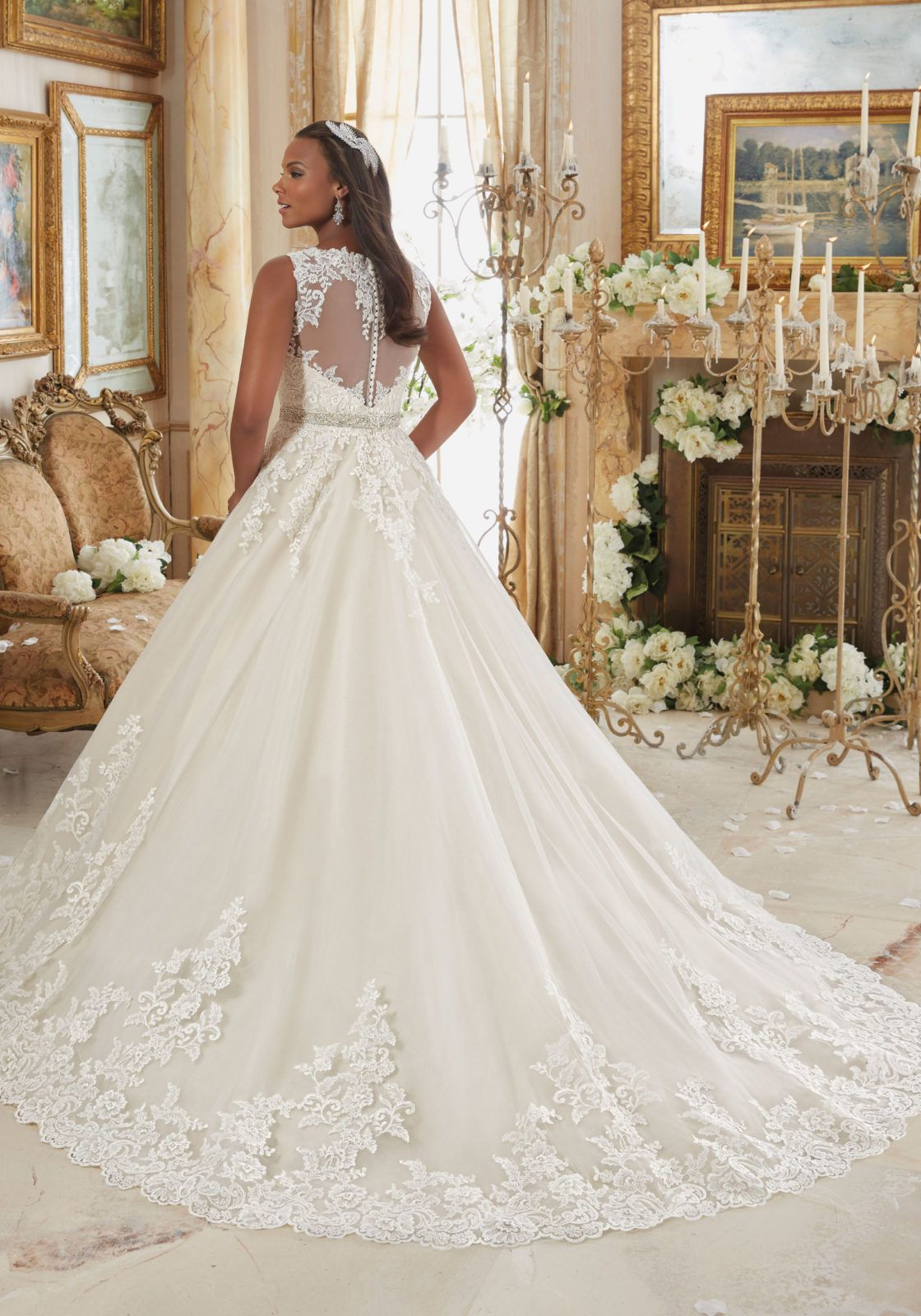 Plus size wedding dress rental  Embroidered Lace Appliques on Tulle Ball Gown with Scalloped Hemline