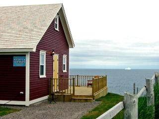 Phenomenal Pin By Joy Frazier On Newfoundland Newfoundland Interior Design Ideas Oxytryabchikinfo
