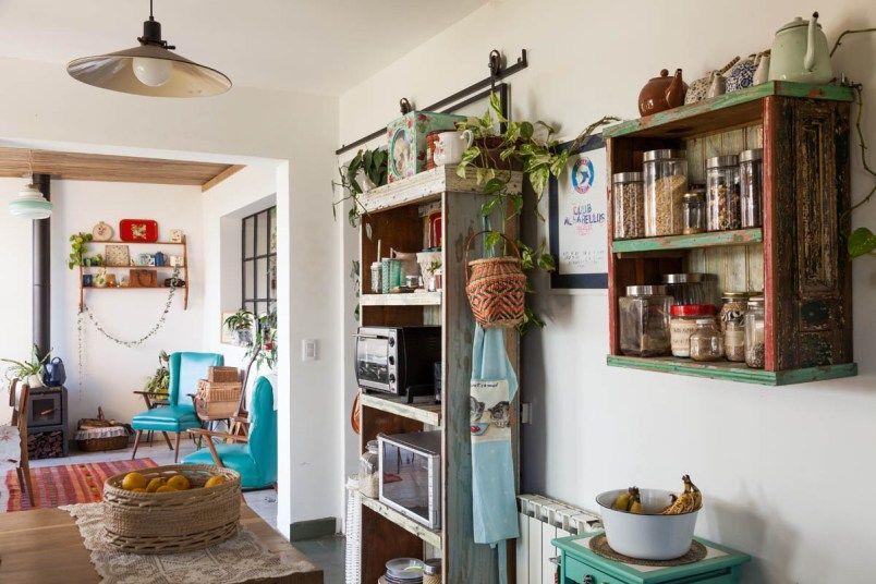 Interiores 170 una casa con vista casa chaucha home for Casa silvia muebles y colchones olavarria buenos aires