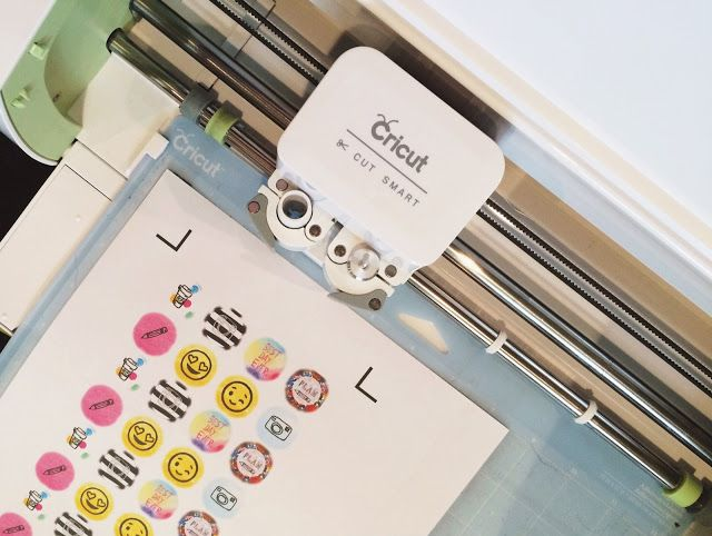 Make it Monday // Create Planner Stickers using Overlay