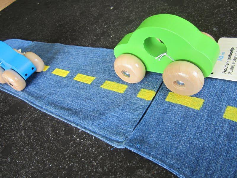 Mamarina: Ik recykleer; jeansrok plus hemd wordt kinderspeelgoed