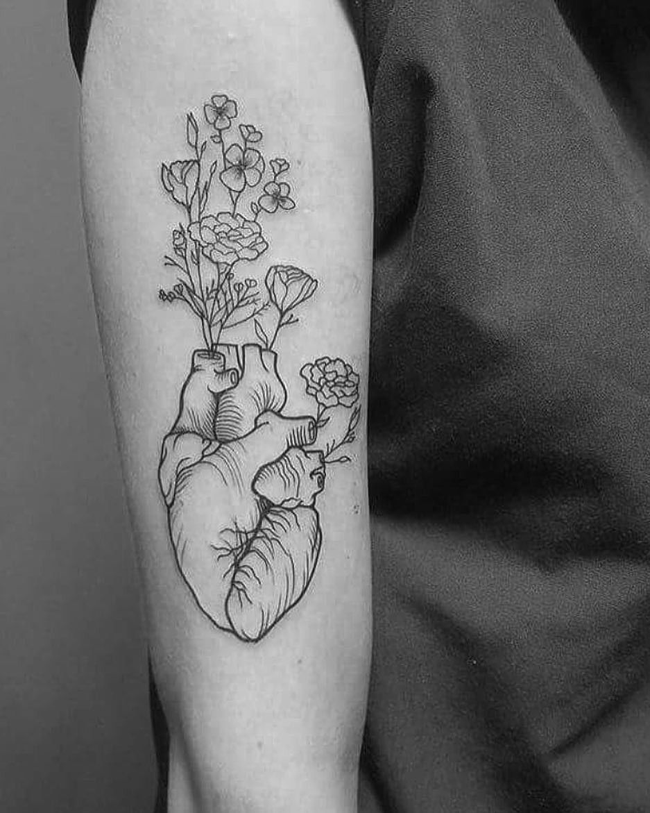 Heart and flowers for this babe. #tattoo #tattooart #lineart #drawing #draw #art #artist #utah #nature #naturetattoo #floral #flower…