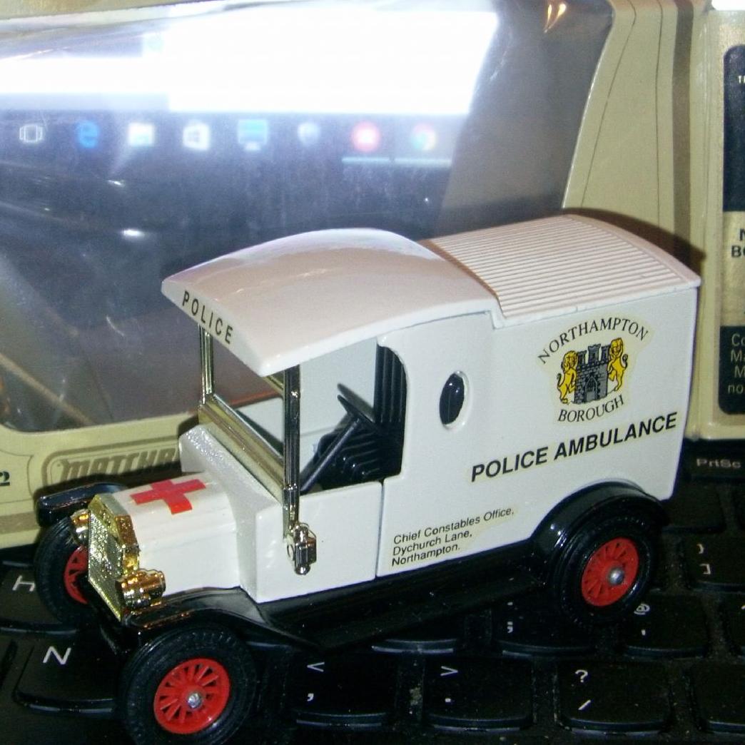 Matchbox Models Of Yesteryear Y 12 Ford Model T Northampton Police Ambulance Code 3 Sold Ford Models Model T Matchbox