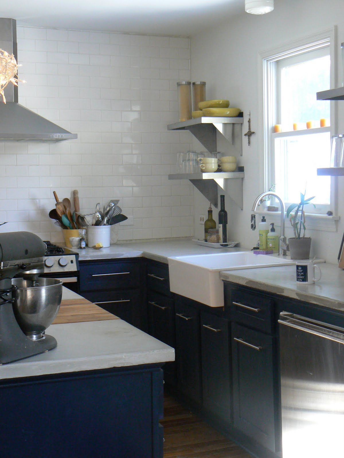 Concrete Countertops And Navy Lower Cabinets Countertops Concrete Countertops Farmhouse Sink