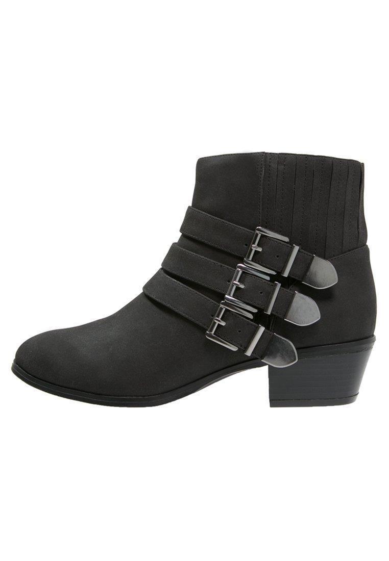 Only Czarne Botki Z Ozdobnymi Klamerkami Material Zewnetrzny Skorpodobny Swoja Droga Zastanawiam Sie Co To Znaczy Link Partnersk Ankle Boot Boots Shoes