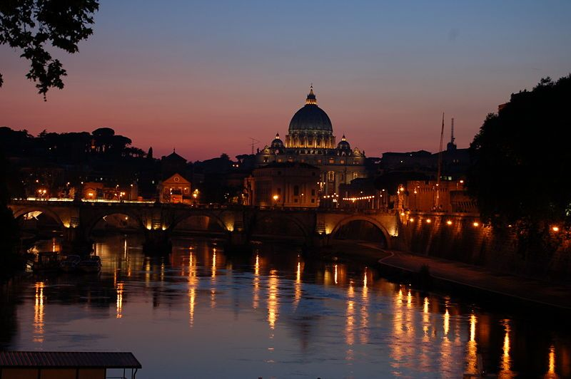 Rome at night...looks like aladdin