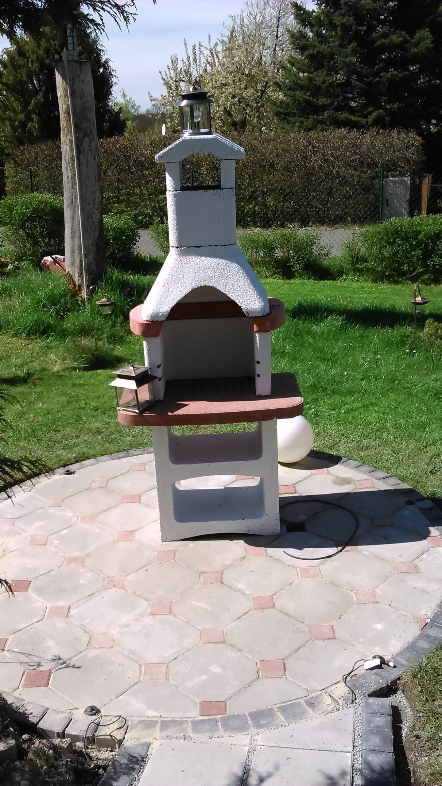 bau eines grillplatzes im garten bauanleitung zum selber bauen garten 1 2 do grillplatz im. Black Bedroom Furniture Sets. Home Design Ideas