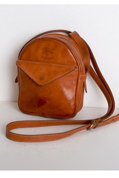 Vintage 70s 80s IL BISONTE Natural Brown Leather Shoulder Bag   i d ... bd20cc38d8