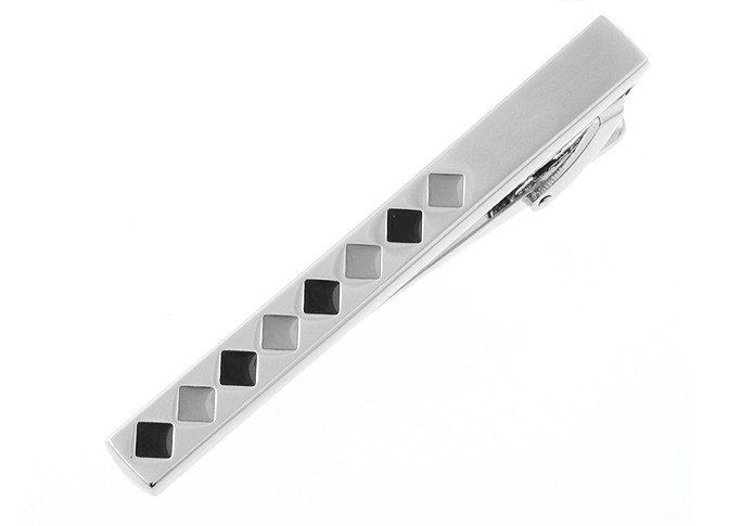 Tieclip Julien    Tieclips to complete the formal suit. Measures 61mm by 7mm.    Made with rhodium plated alloy, which does not tarnish or rust over time. No polishing required.    *Price not inclusive of giftboxes but you will have the option to add on giftboxes at checkout.