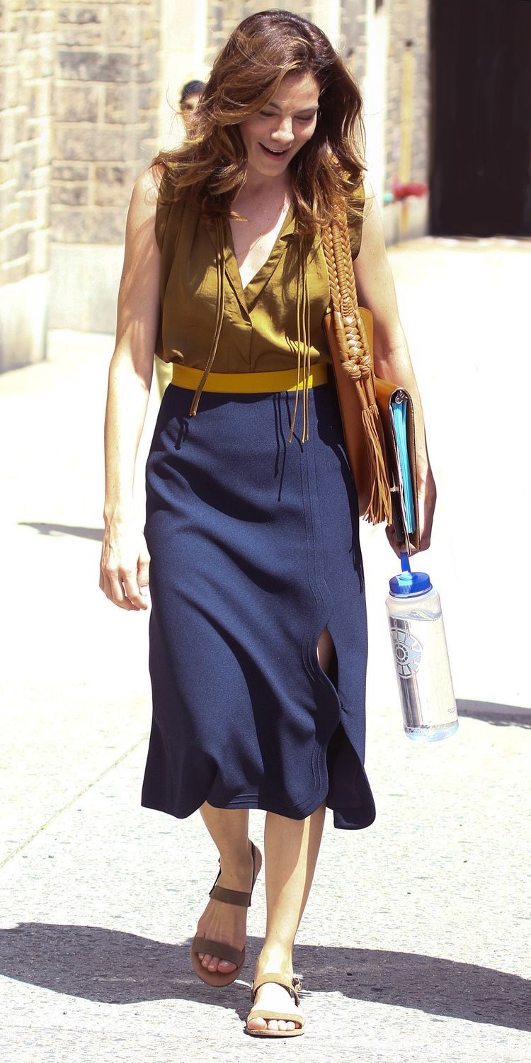 Watch - Monaghan michelle look of the day video