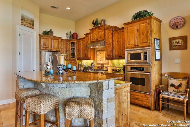 Pinterest 28 Jackies Cove Boerne, TX 78006 $449,500  MLS# 1120055 Beds 3 Baths 3.0 Taxes $6,902 Sq Ft. 2,323 Lot Size .27 Acre(s)
