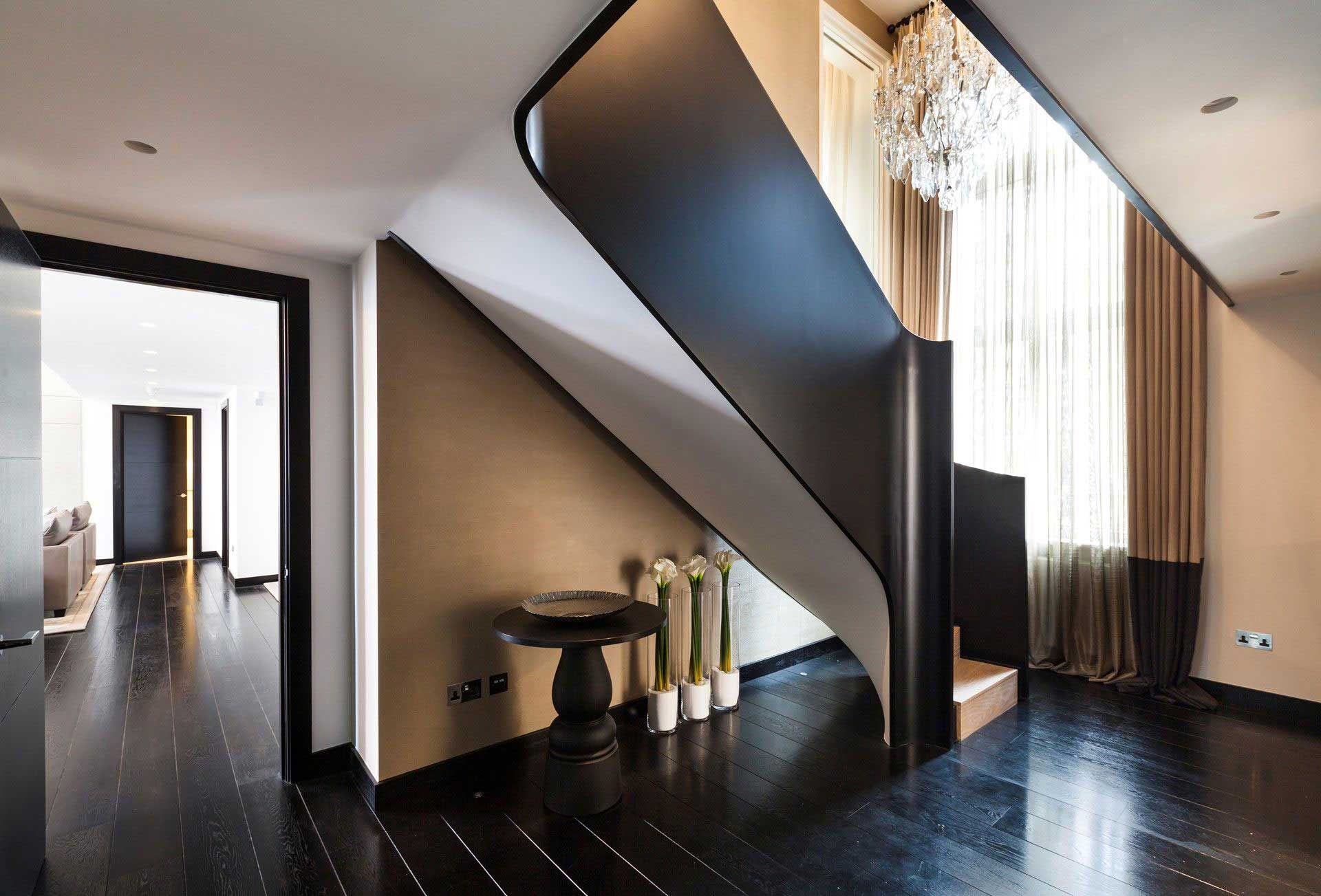 Contemporary Chic London Apartment by Kelly Hoppen Interiors   http://www.caandesign.com/contemporary-chic-london-apartment-kelly-hoppen-interiors/