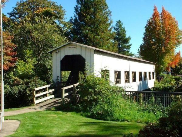 Centennial Covered Bridge Cottage Grove Oregon Covered Bridges Covered Bridge Photo Cottage Grove