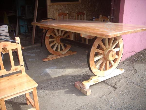 Una mesa con ruedas de carreta linda o no antigua for Jardin 901 vicente lopez