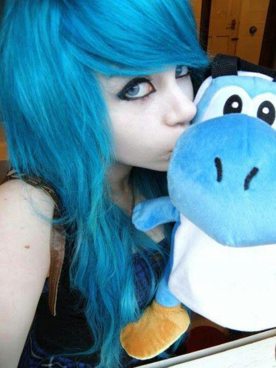Emo Girl Blue Hair Blue Eyes Emo Scene Hair