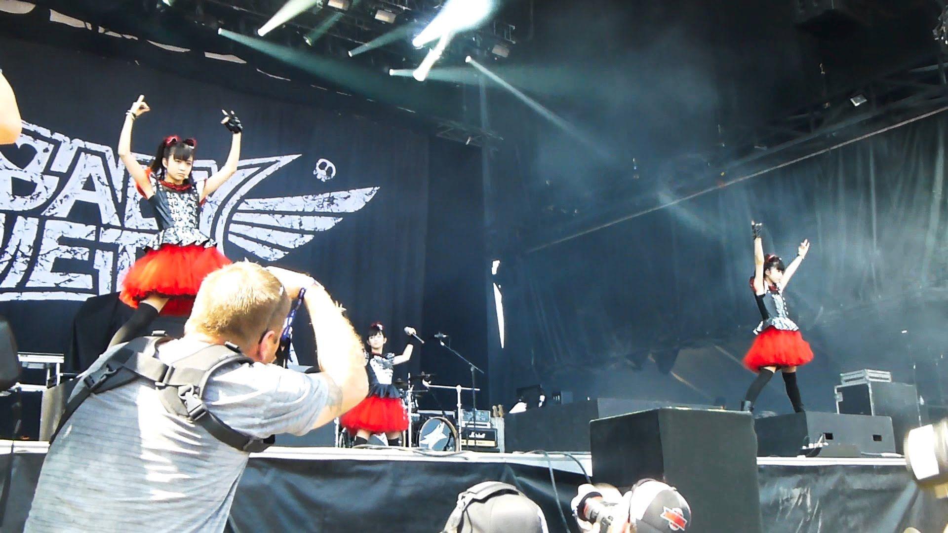 BABYMETAL - Heavy Montreal 2014 Full Concert