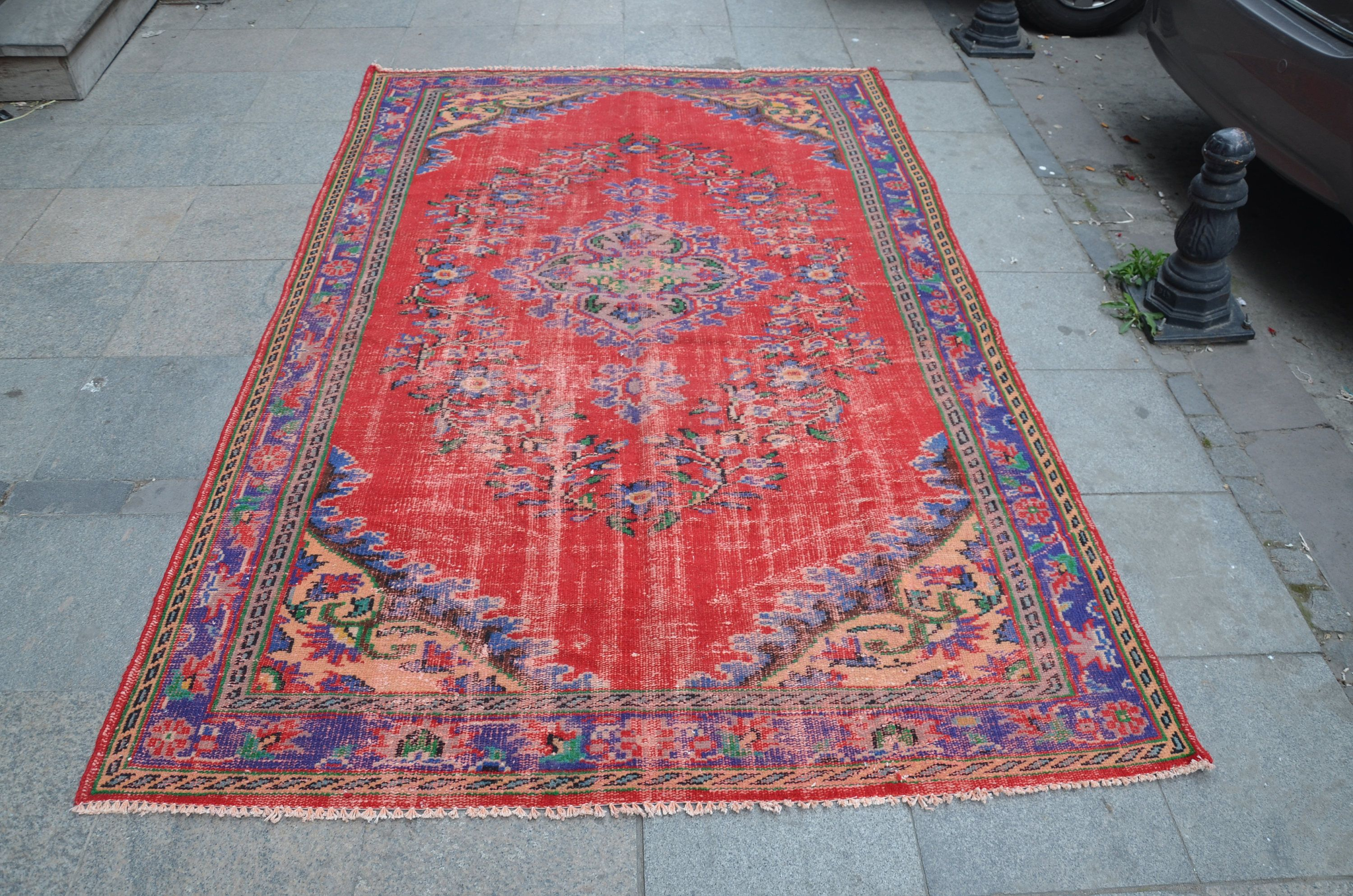 Vintage Non Overdyed Rug Blue And Red Original Turkish Size 270 Cm X 174 Ft Material Is Wool Cotton Fast Shipping To All Over The World