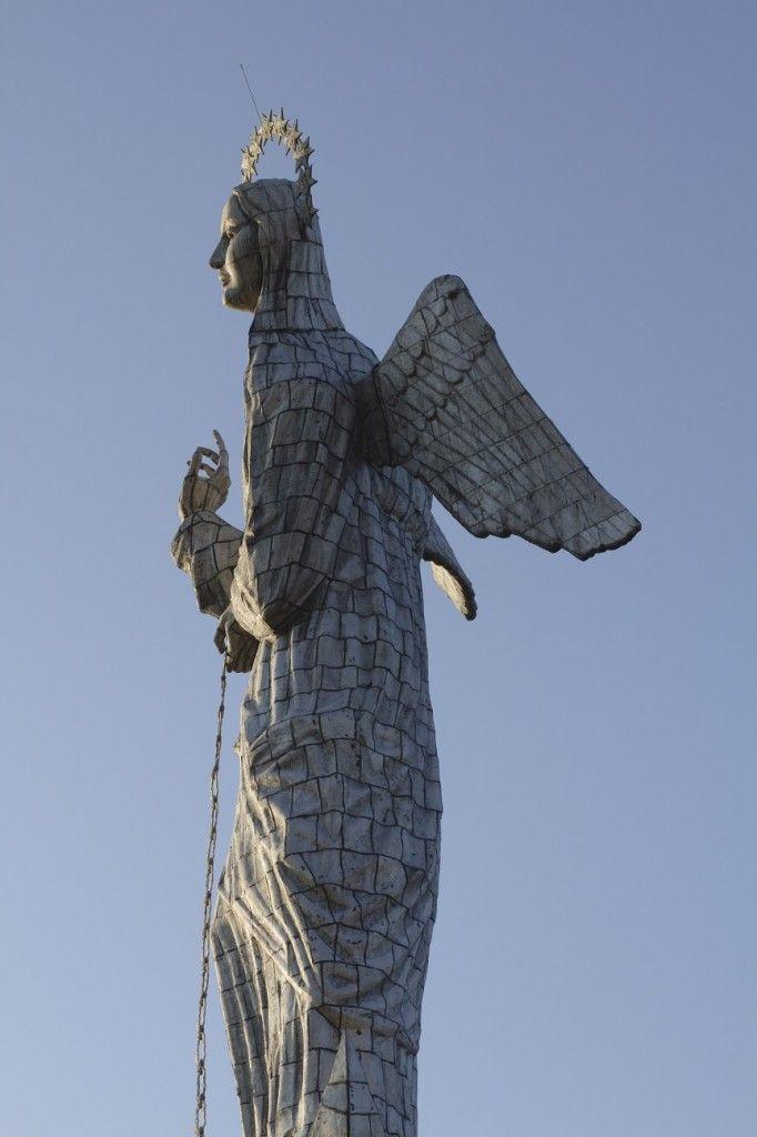 La virgen de El Panecillo. Foto: Mintur.