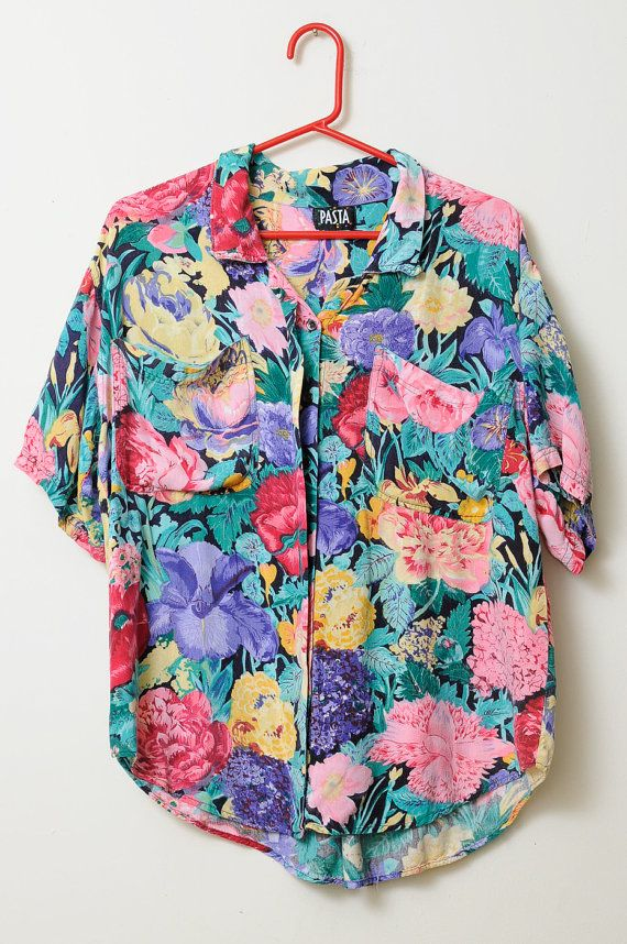 59469100 Awesome Vintage 80s/90s Floral Print Lightweight and Soft Bright Multi  Colored Button Up Short Sleeve Shirt