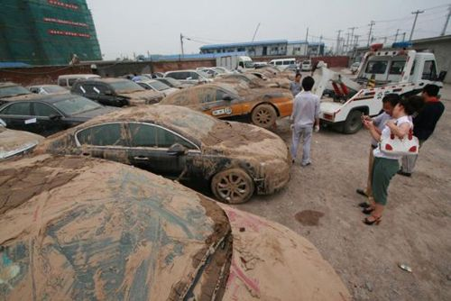 images of abandoned cars in thailand | 2012-07-26 16:38:34 CRIENGLISH.com Web Editor: yangyang66
