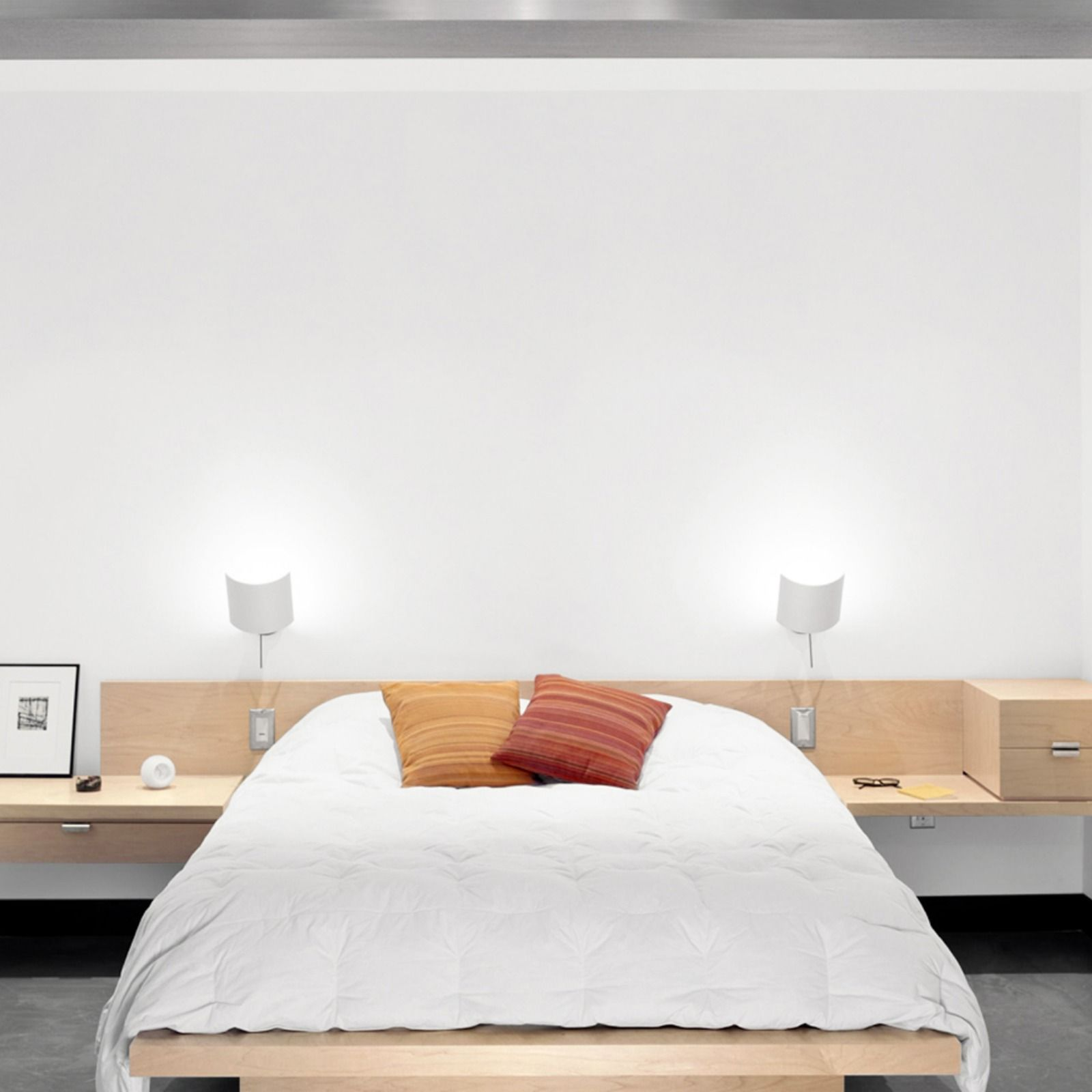 Minimal yet function, this modern builtin bed with