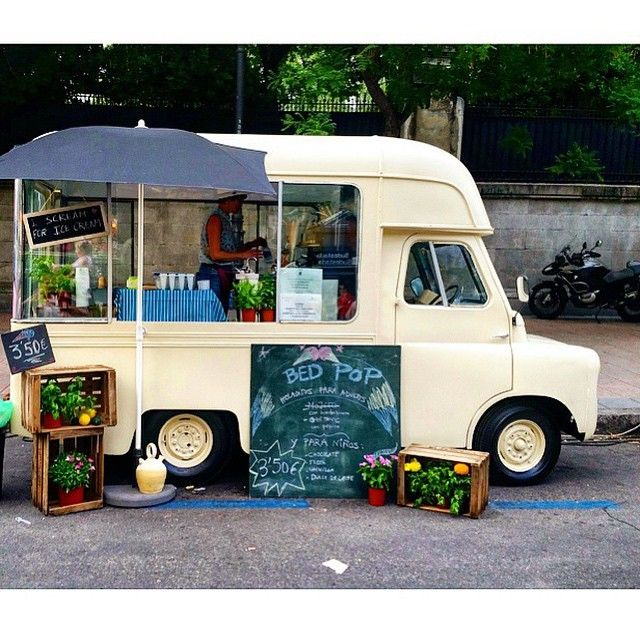 1958d0ace7 A vintage ice cream truck at it s finest. It s getting to summer in Spain.  This cottage rig is all set. pic by  madrid foodtrucks