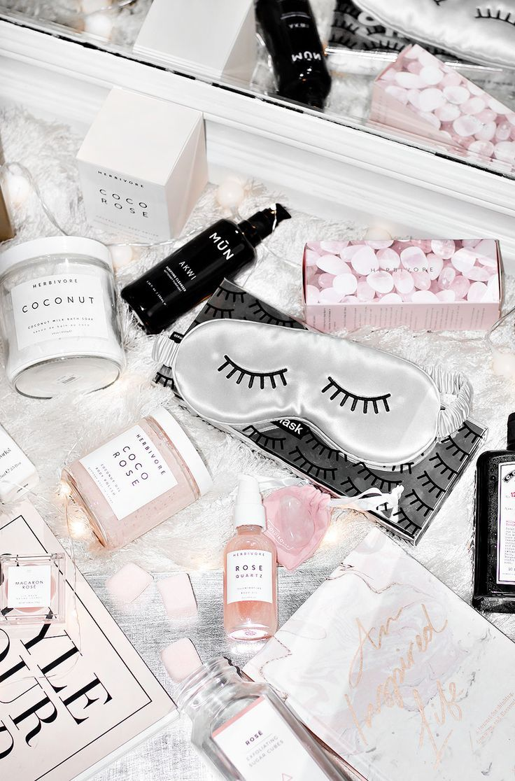 Wellness + Self-Care Geschenkideen   – SKINCARE