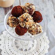 ༺ GizemliM ༻ Çikolata Topları Tarifi - http://www.sihirlitarif.com/cikolata-toplari-tarifi/