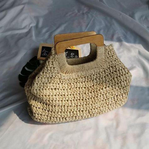Photo of (Totes Bag) Large Capacity Handbags Handmade Straw Bag