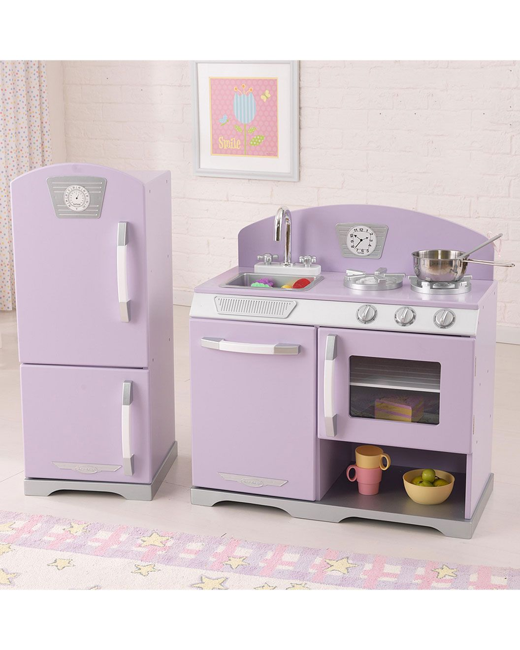 KidKraft Retro Kitchen & Refrigerator on Rue La La. | For Little ...