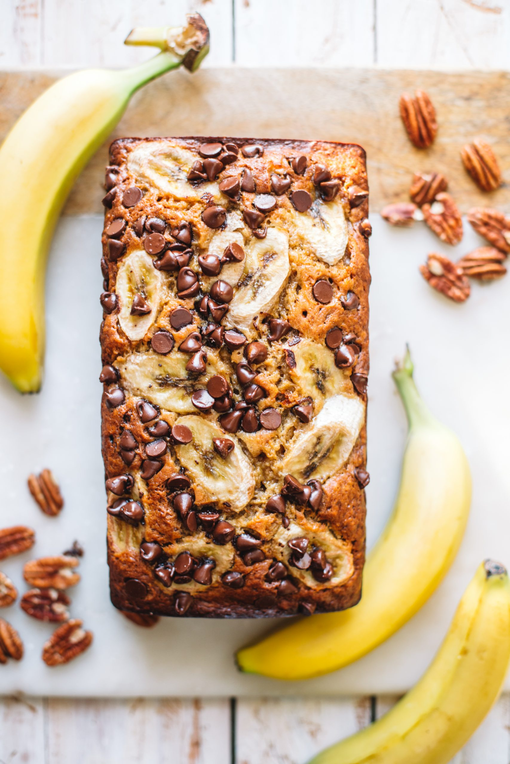 Photo of Banana Nut Bread with Chocolate Chips – College Housewife