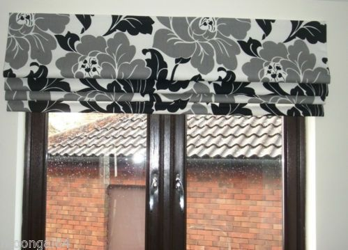 BLACK GREY FLOWER ROMAN BLIND