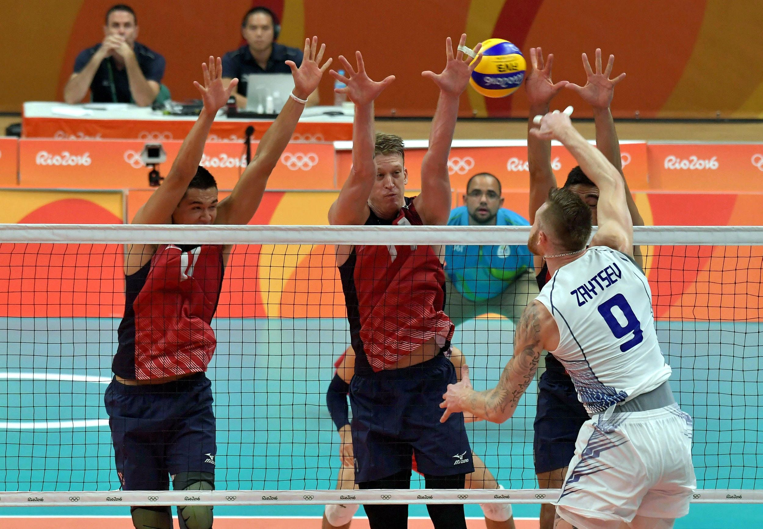 Ivan Zaytsev Spikes Against Usa S Triple Block In 2020 Volleyball Volley Basketball Court