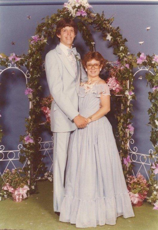 Funny Funny Pictures Funny Photos Awkward Fail Tragically - 38 awkward prom photos ever